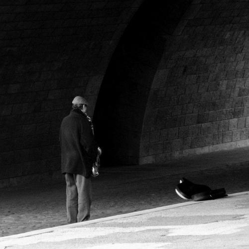 Cisza pod mostem #ludzie #Paryż #Francja