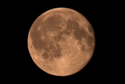 Pełnia burzowego Księżyca